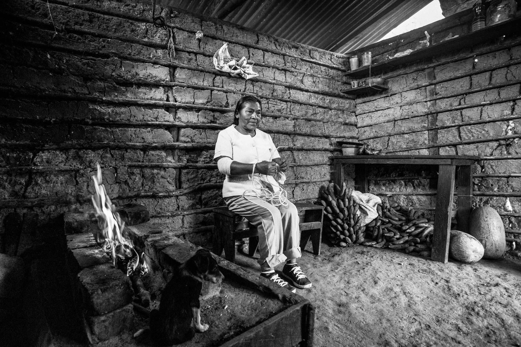 Angelina Secue Julicue (58 años), La Primicia, Resguardo San Francisco. Cauca, Colombia, Agosto 19, 2018.